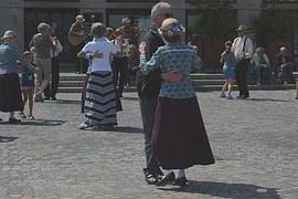 dance-1057707__180